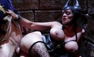 Porno engraçado de sexo com a malévola safada